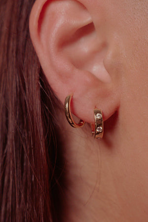SELENE Thick Huggie Hoop Earrings
