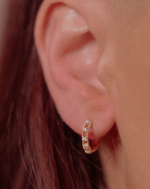 ELLIE Huggie Hoop Earrings