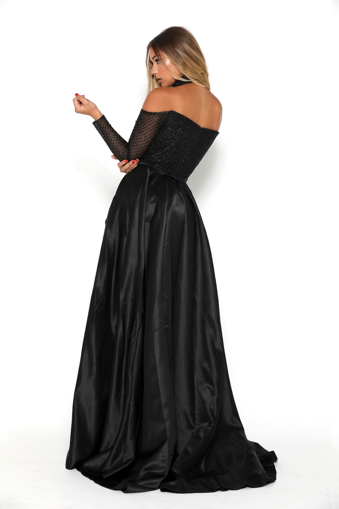 EMERALD GOWN BLACK