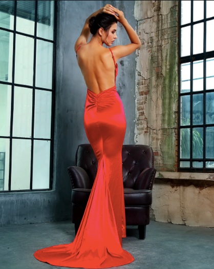 Lady Luxe Gown - Red