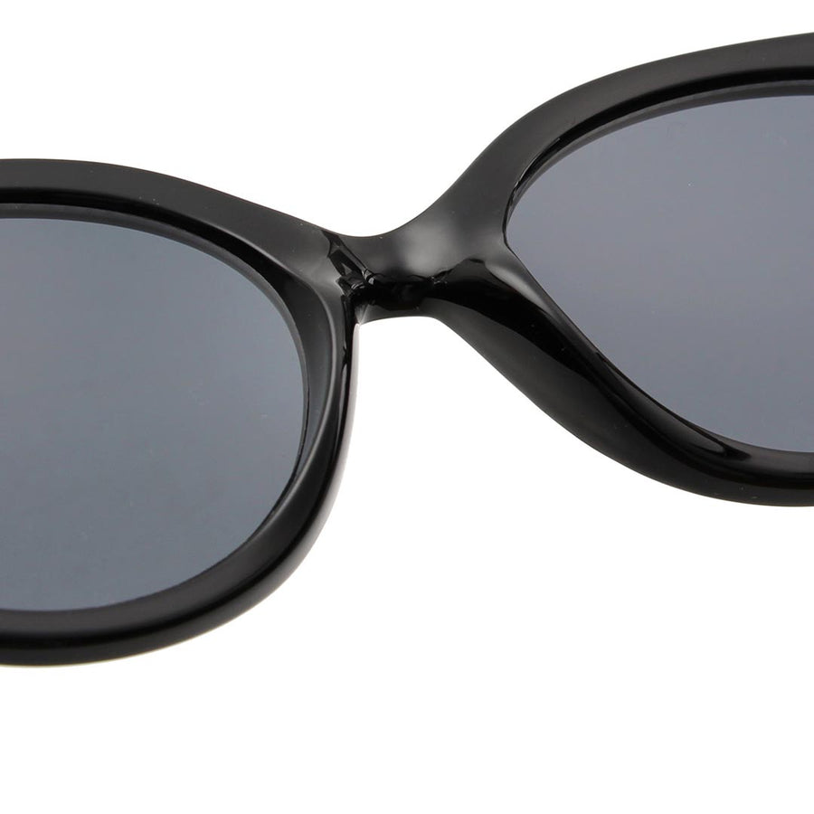 BUTTERFLY Sunglasses - Black