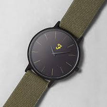 Load image into Gallery viewer, Farah Heritage Hopsack Canvas Strap Watch In Deep Black