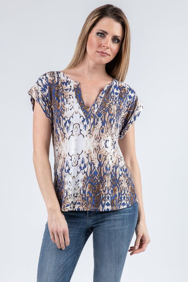 V NECK WIDE SHORT SLEEVE TEE