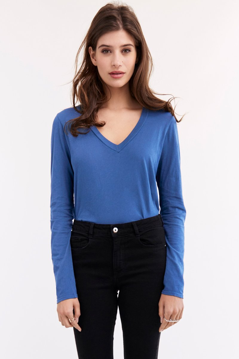 LONG SLEEVE V NECK RELAXED FIT