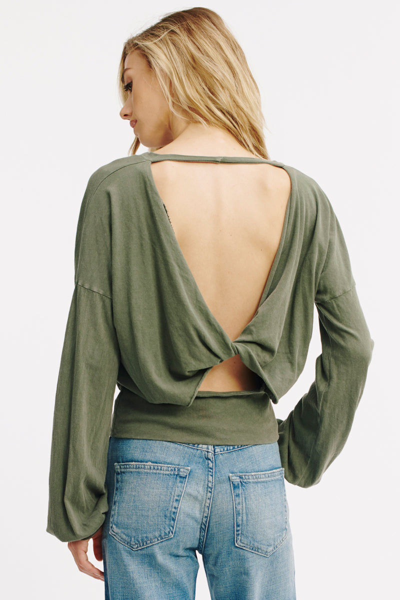 TWIZZIE TWIST BACK TOP