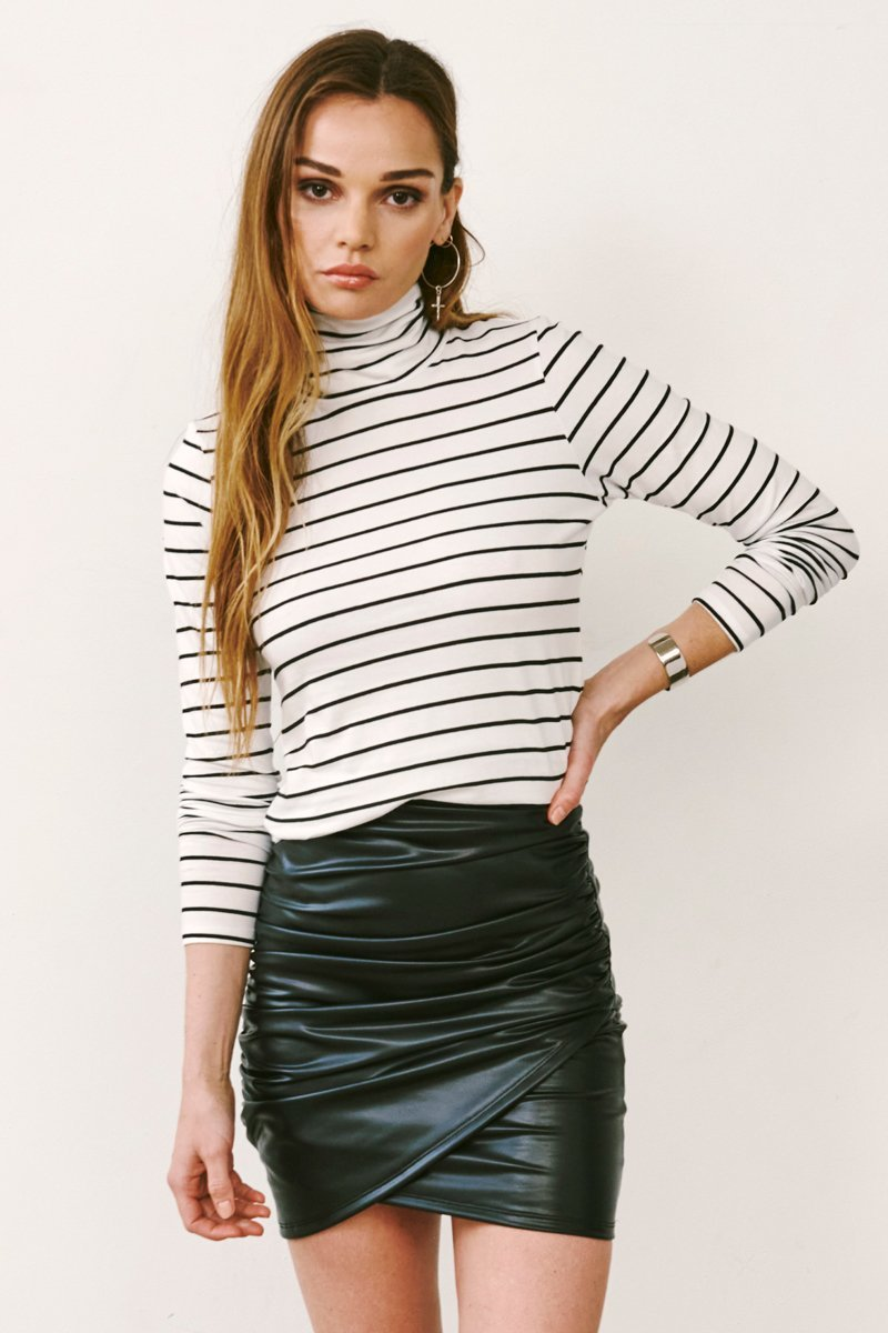 ROOSEVELT STRIPED TURTLENECK