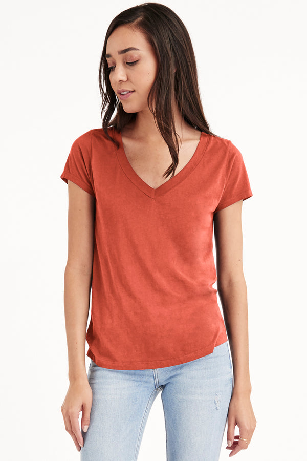 LOW V NECK BOYFRIEND TEE - FALL 19