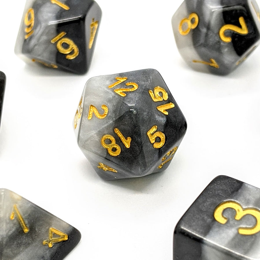 Onyx Layers | Dice Set