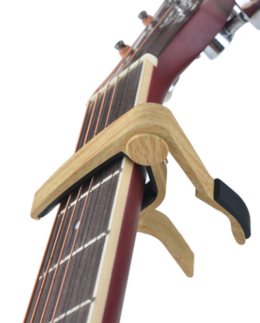 slade-6-string-wood-acoustic-guitar-capo-adjustment-clip-light-brown