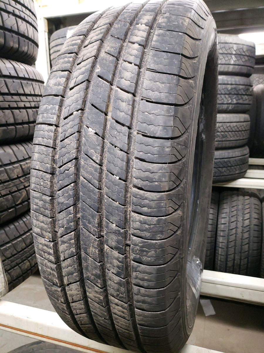 4 x P215/65R16 98T Michelin Defender