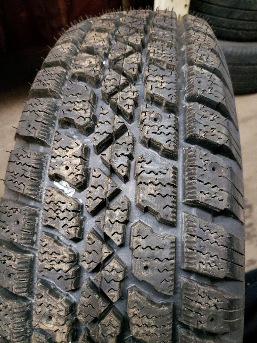 2 x P195/70R14 91S Arctic Claw Winter Txi