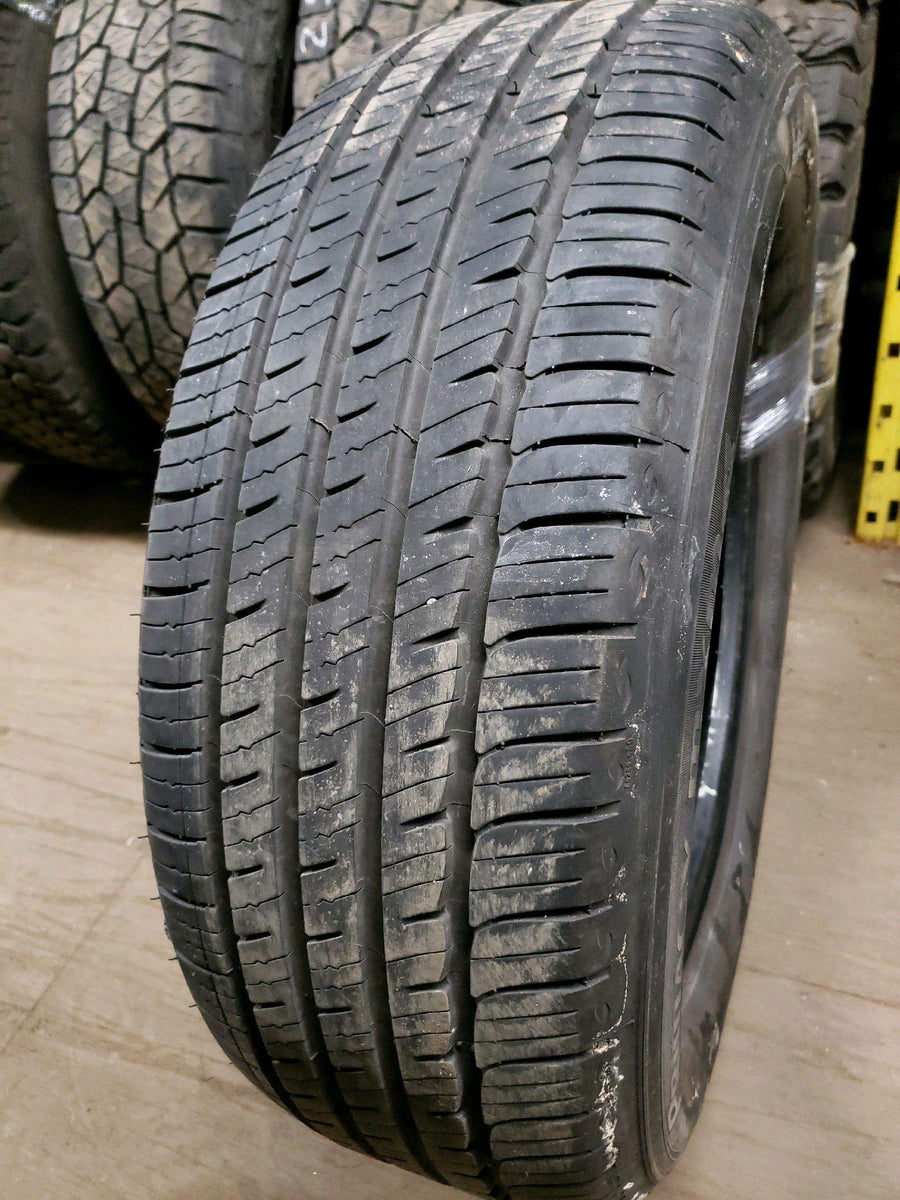 2 x P235/60R18 102V Michelin Primacy MXM4