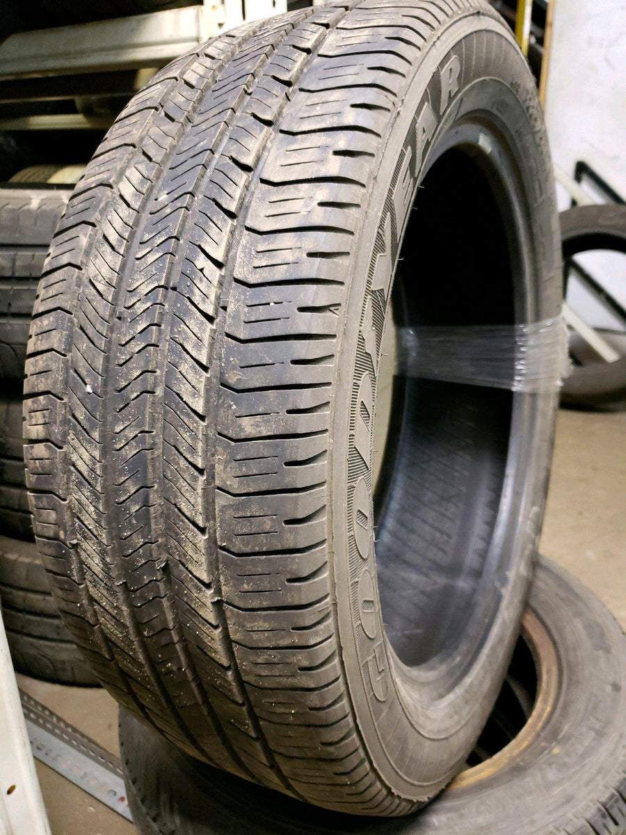 2 x P225/50R18 94T Goodyear Eagle LS-2