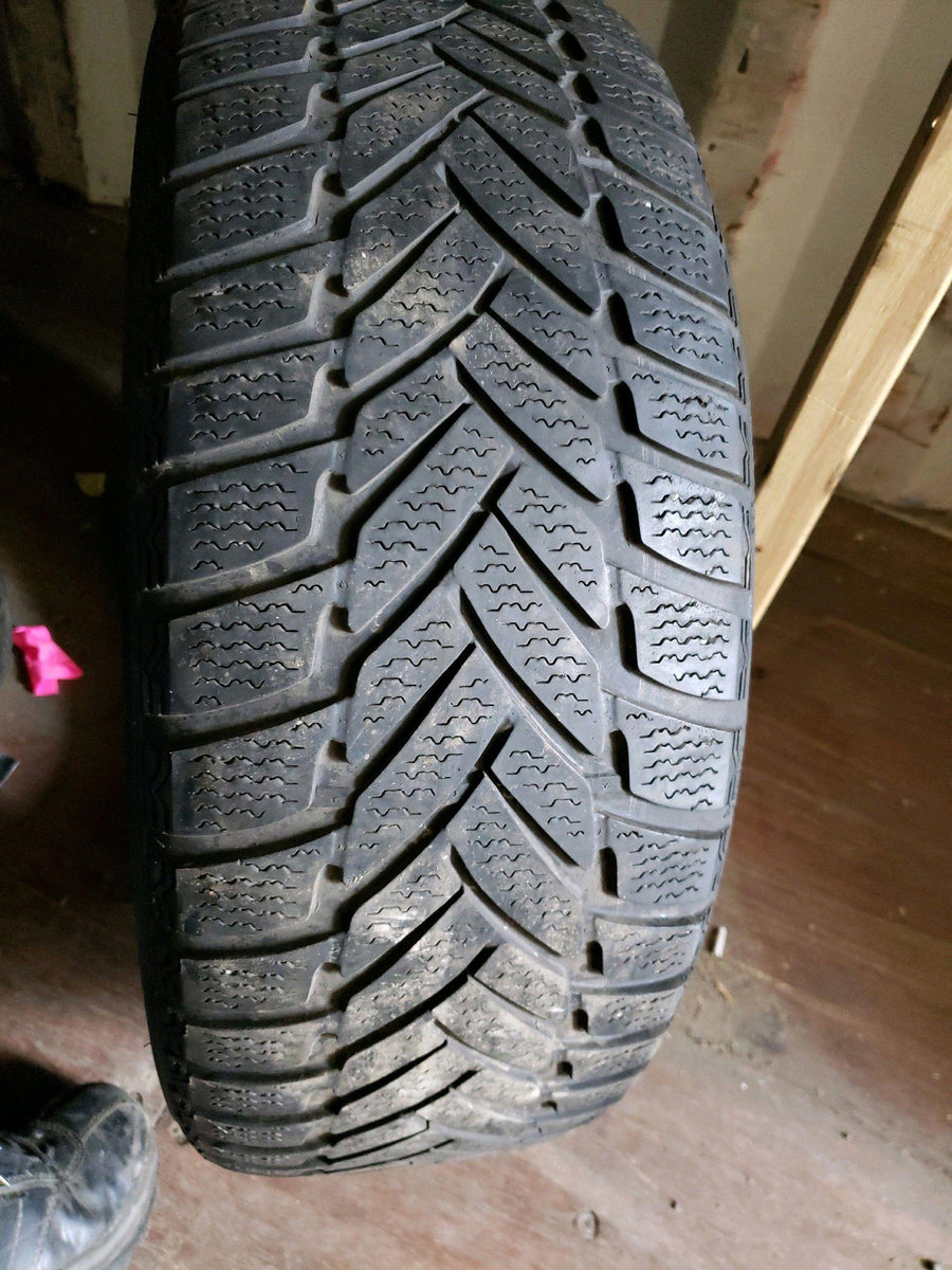 4 x P205/55R16 91H Dunlop SP Winter Sport M3