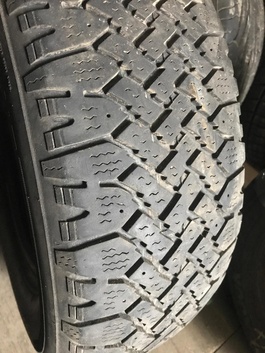 1 x P215/70R15 97S Kelly Wintermark Magna Grip HT