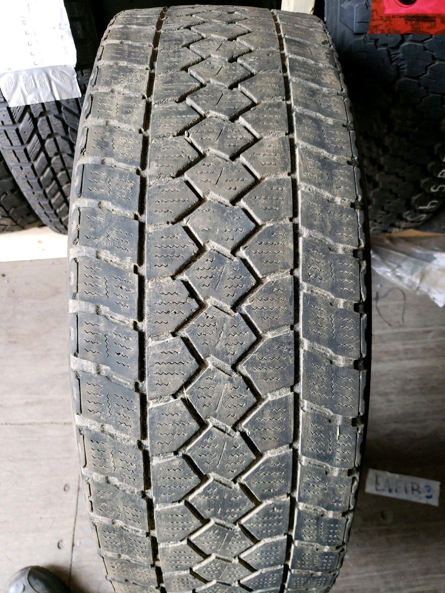 1 x LT265/70R17 121/118Q Toyo Open Country WLT1