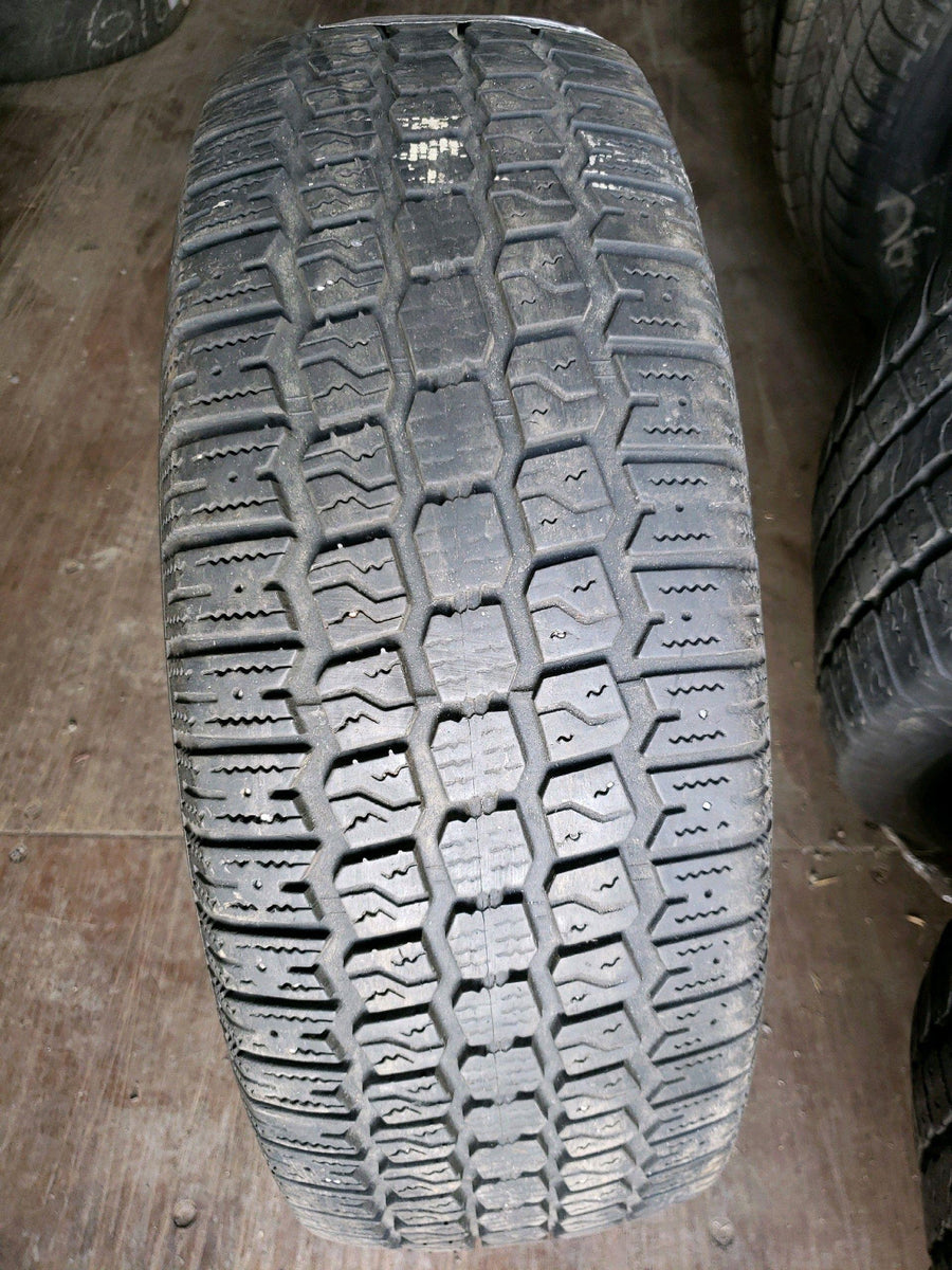 2 x 205/65R15 92S Roadhandler Ice and Snow