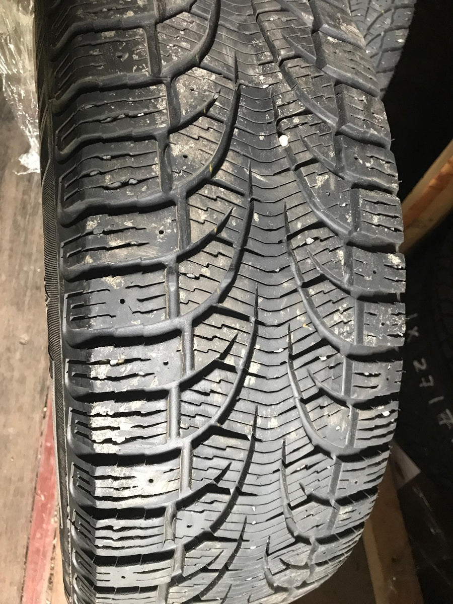 4 x P215/65R16 98T Pirelli Winter Carving Edge