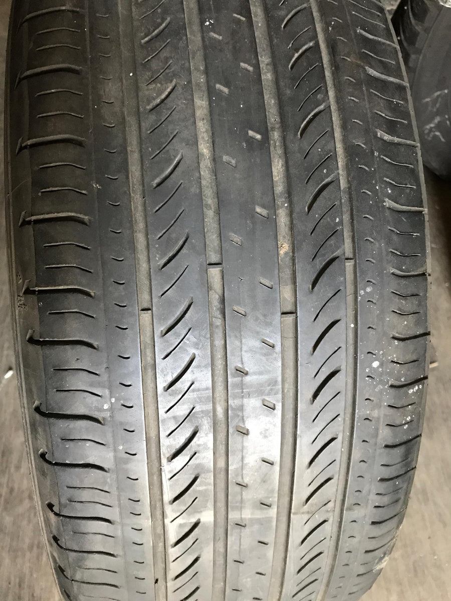 1 x P215/55R17 93V Michelin Energy MXV4 S8