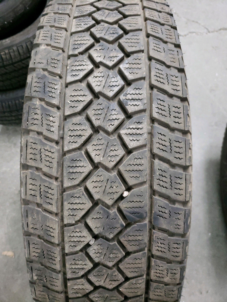 2 x LT245/75R16 121/118Q Toyo Open Country WLT1