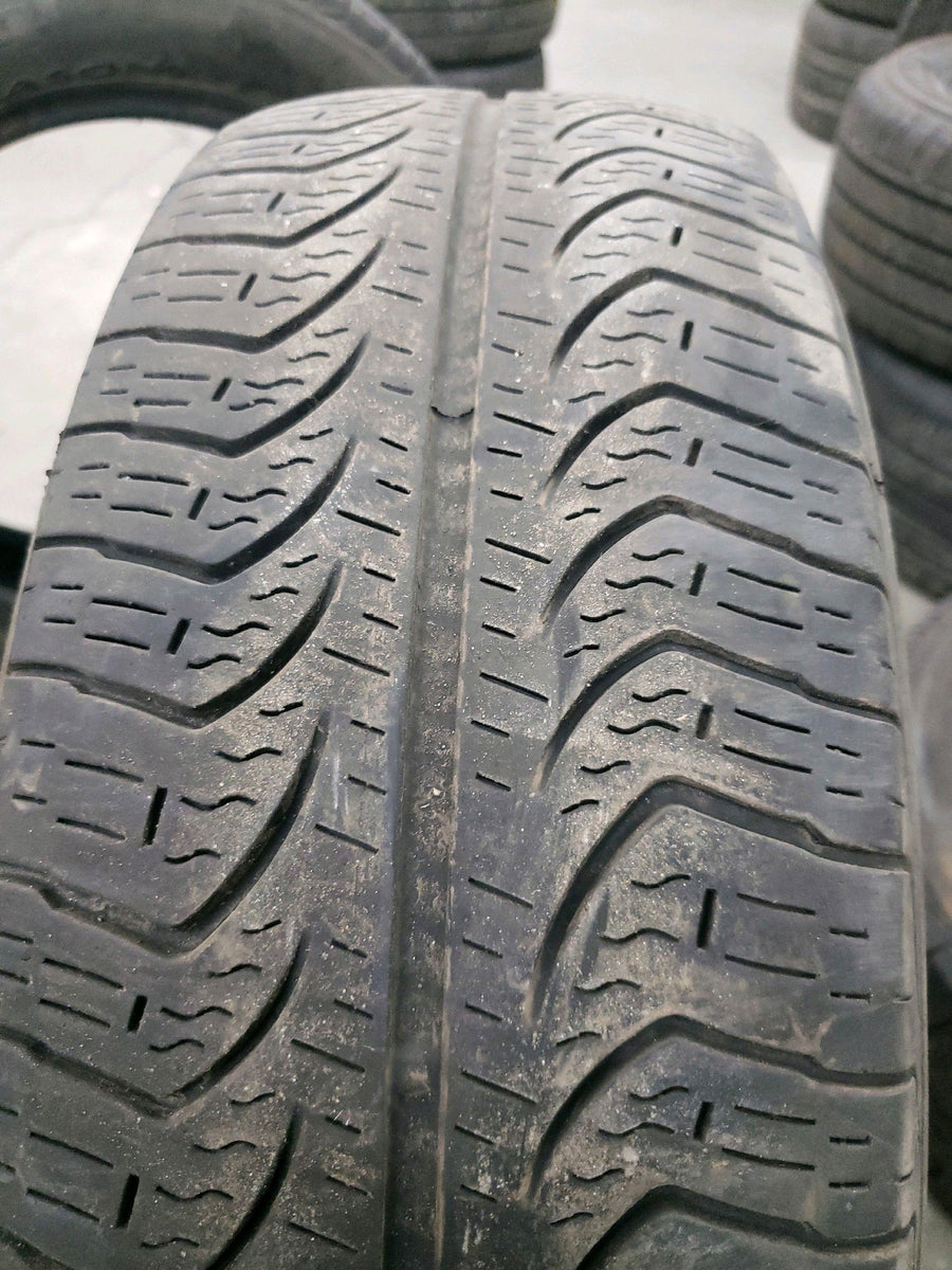 4 x P185/60R15 84T Pirelli P4 Four Seasons