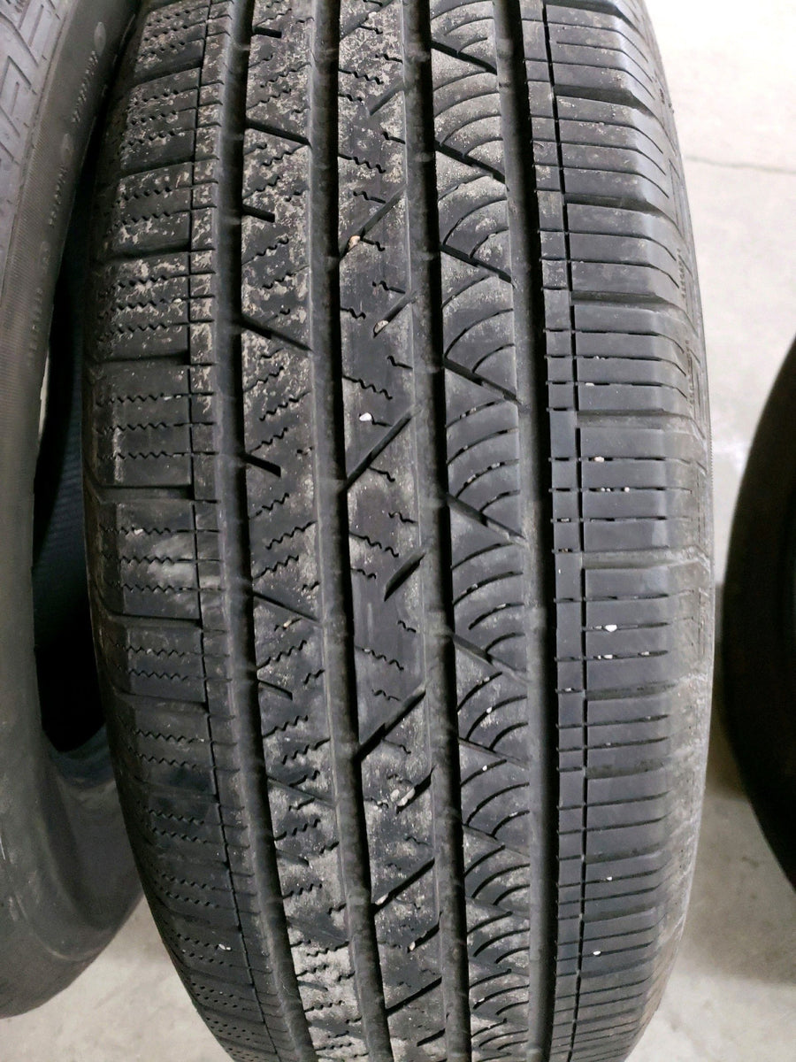 4 x P235/65R18 106T Continental CrossContact LX Sport