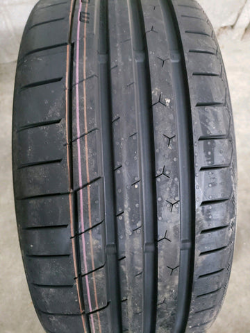 4 x P215/40R18 89Y Continental Extreme Contact Sport