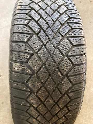 4 x P225/45R19 96T Continental Viking Contact 7