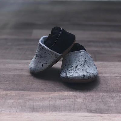 Baby Moccasins - Gray Crackle