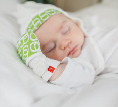 Goumikids Stay On Baby Hat Bubbles Lime - S/M