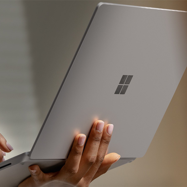 "Surface Laptop 3 (13.5"" Screen, Platinum Alcantara®)"