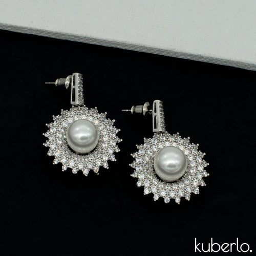 Central Pearl Dangler Earrings - Kuberlo - Best Gift for - Imitation Jewellery - Designer Jewellery - one gram gold - fashion jewellery
