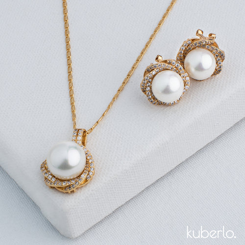Shimming Pearl Necklace Set - Kuberlo - Best Gift for - Imitation Jewellery - Designer Jewellery - one gram gold - fashion jewellery