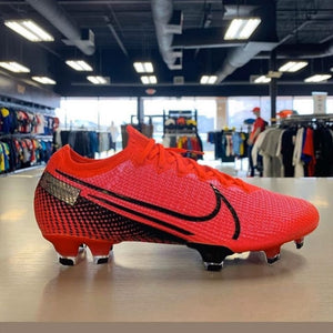 Chuteira nike mercurial elite fire