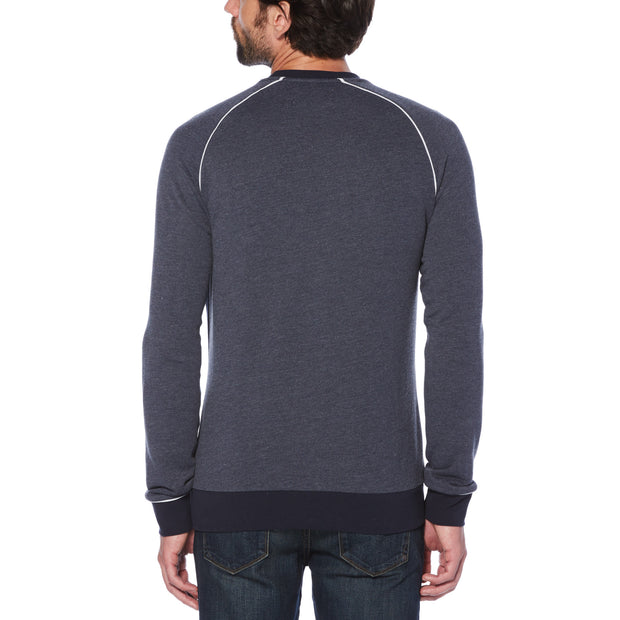 RAGLAN PATCH LOGO SWEATSHIRT IN DARK SAPPHIRE