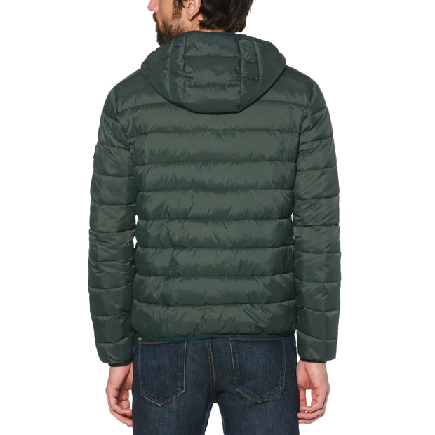 LIGHTWEIGHT HOODED PUFFER JACKET IN DARKEST SPRUCE