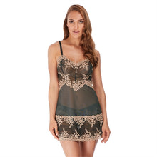 Load image into Gallery viewer, Wacoal Embrace Lace Chemise