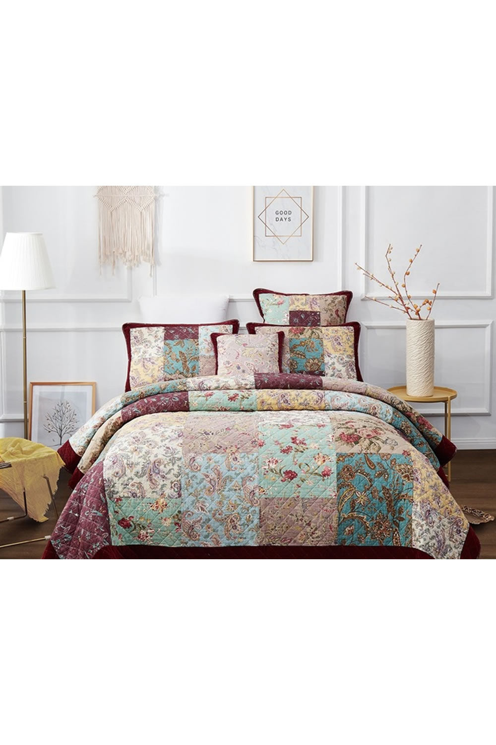 Classic Quilts Dramatic Floral Quilt