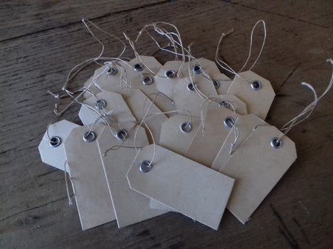 20 Vintage Strung Tags - simplyfrenchvintage