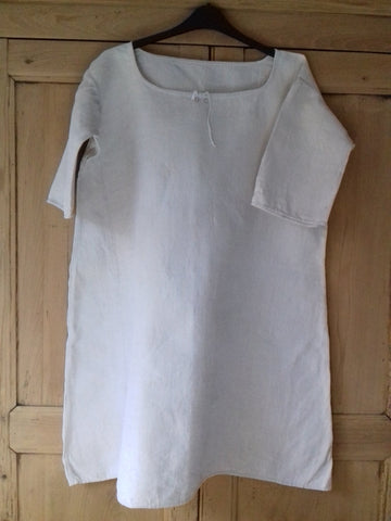 Vintage French Linen Nightdress - simplyfrenchvintage