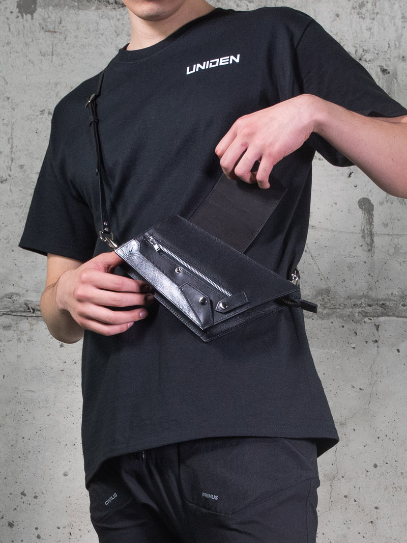 PANELED CROSS BODY BAG | Uniden - The Techwear Collective