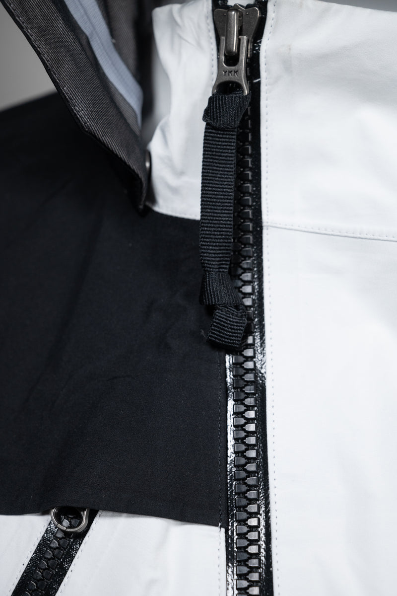 DEPLOY GORE-TEX JACKET | Uniden - The Techwear Collective