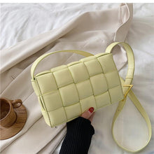 Load image into Gallery viewer, WEAVE CROSSBODY BAG