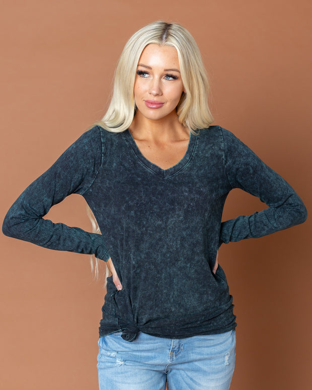 Victoria Stonewashed Long Sleeve | S-3XL