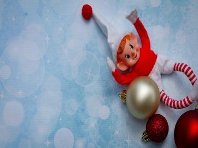 10 Clever Elf on the Shelf Ideas