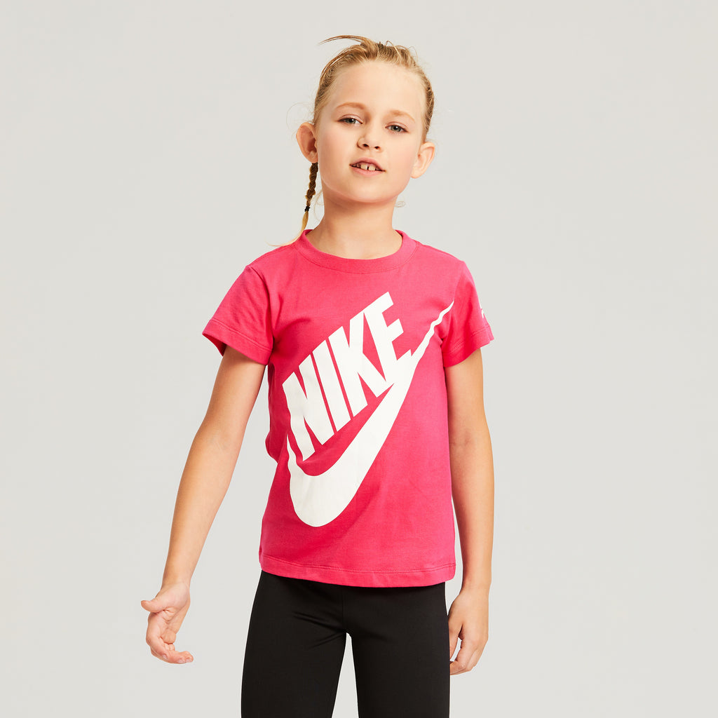 NIKE Girls Short Sleeve T-Shirt
