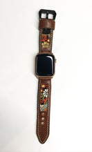 Load image into Gallery viewer, 47Ronin#014 Leather watch strap with Kimono fabric (22mm, Brown leather, White, black, gold & red fabric, Yellow thread)