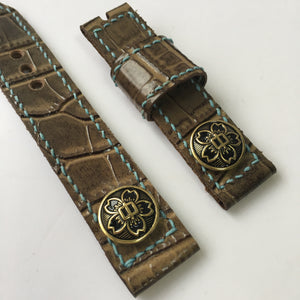 47Ronin#010 Leather watch strap with crocodile print and junior high school uniform button (20mm, Brown leather, Brass button, Blue thread)