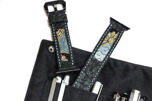 47Ronin#015 Leather watch strap with Kimono fabric (22mm, Dark grey leather with special print, Black, gold & blue Kimono fabric, Blue stitches