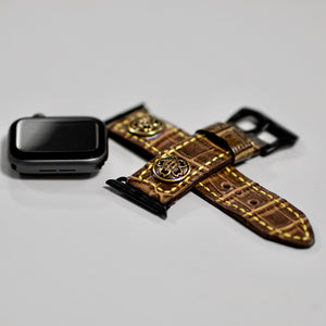 47Ronin#011 Leather watch strap with crocodile print and junior high school uniform button (22mm, Brown leather, Brass button, Yellow thread)